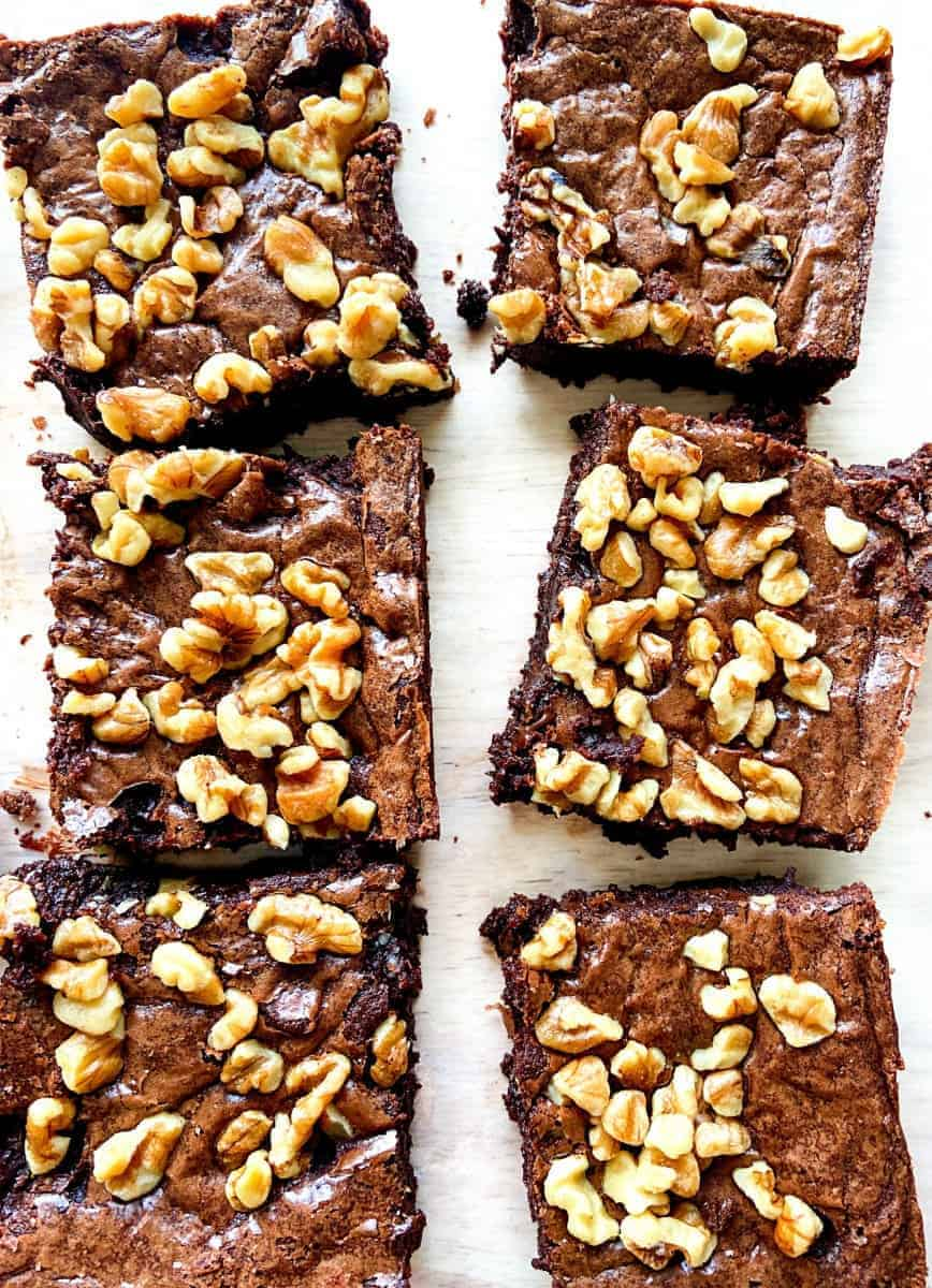 Six baked brownies.