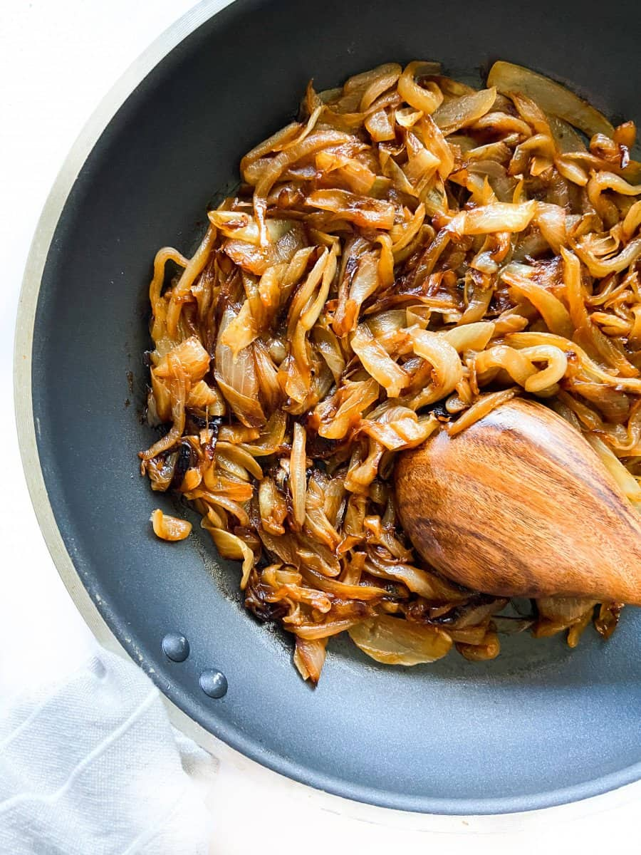 How Long Does it take to Caramelize Onions